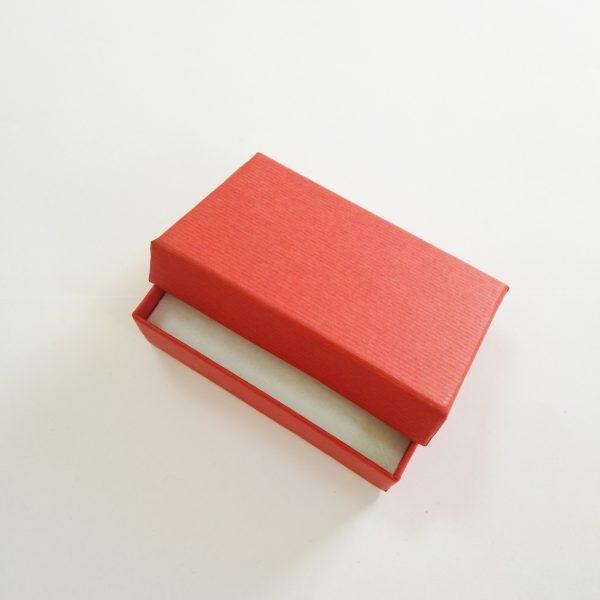 кутия за комплект