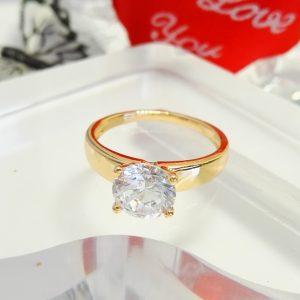 Дамски пръстен с голям кубичен цирконий. 18К златно покритие