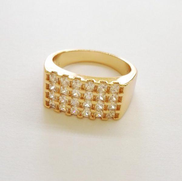 Мъжки пръстен с бели цирконии. 18К златно покритие