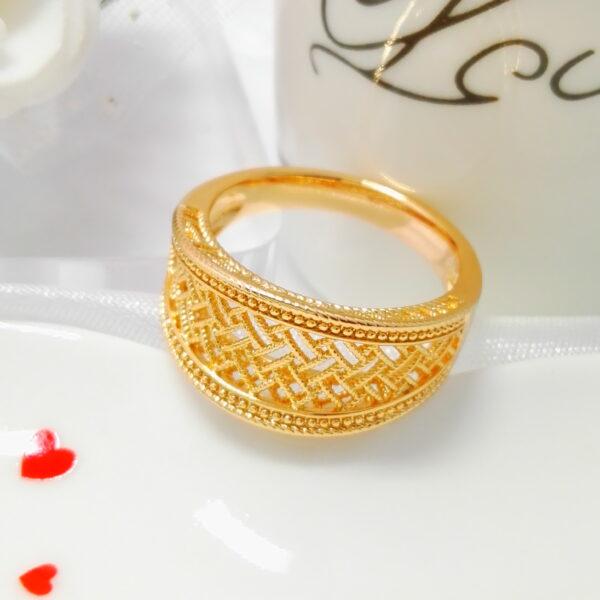 """Масивен дамски пръстен """"Клеопатра"""". 18К златно покритие"""