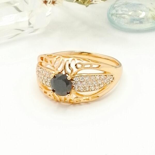 """Дамски пръстен """"Меридит"""" с черен кубичен цирконий. 18К златно покритие"""