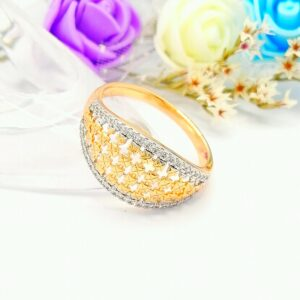 Стилен дамски пръстен с родиево покритие бели кубични цирконии.18К златно покритие