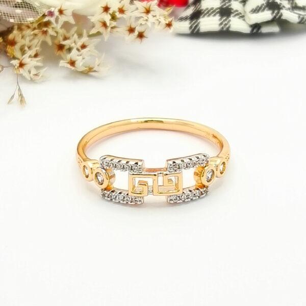 """Дамски пръстен """"Никита""""с родиево покритие и бели кубични цирконии.18К златно покритие"""